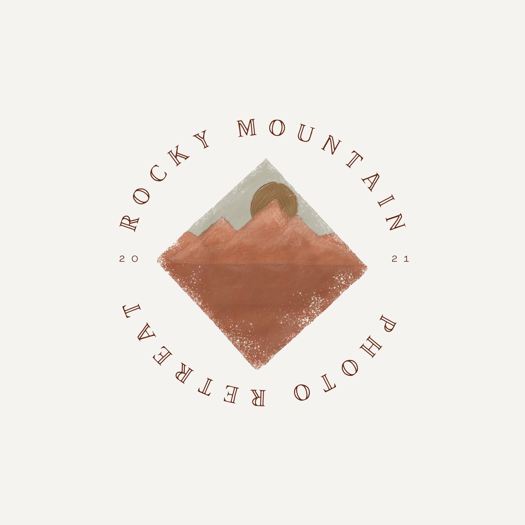 Rocky Mountain Retreat Logo
